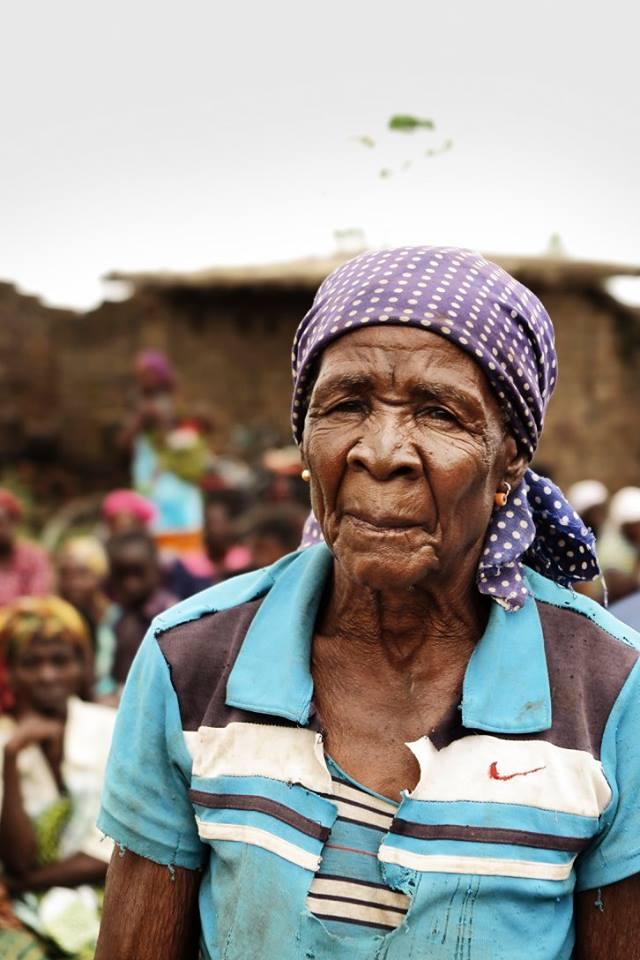 Malawi: Fødevaruddeling til oversvømmelsesofre.