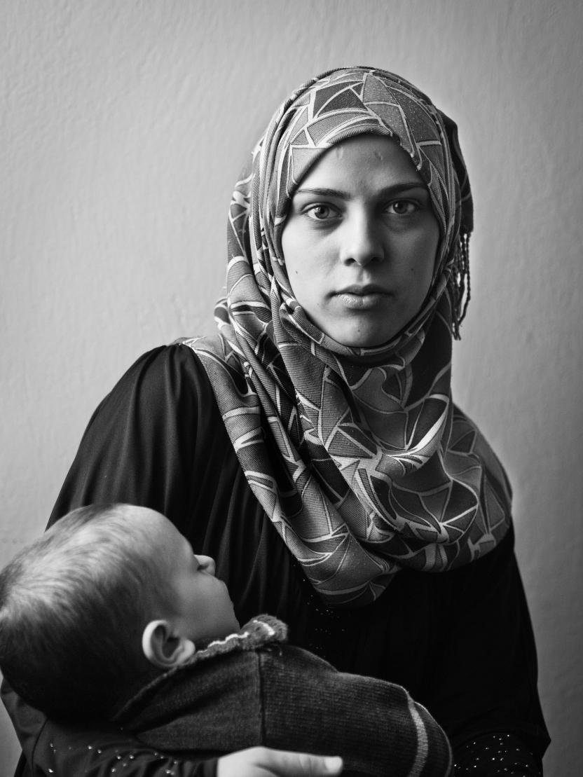 Libanon: Khadisa Abbara, 18 år, mor og syrisk flygtning.