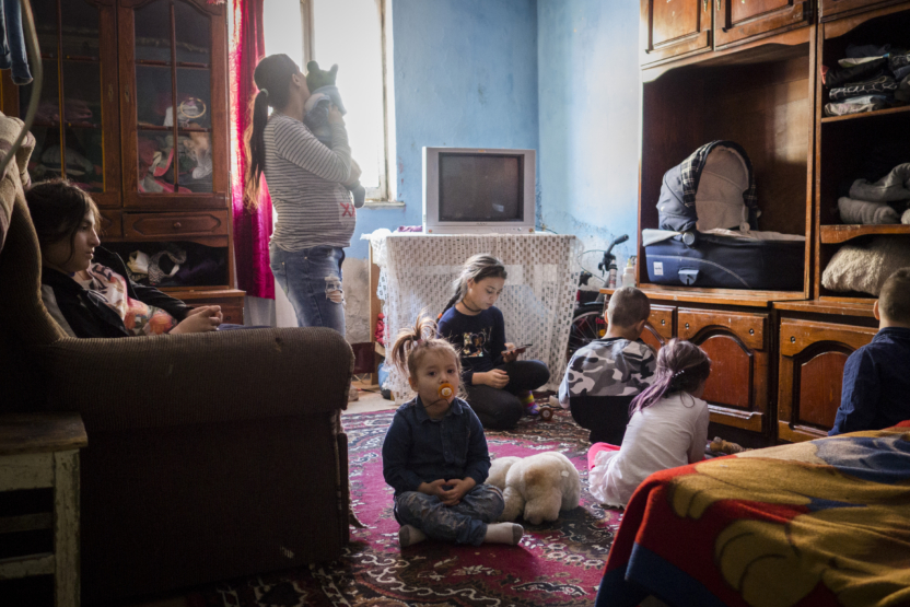 Fattigdom i Europa: Familie med ni børn.