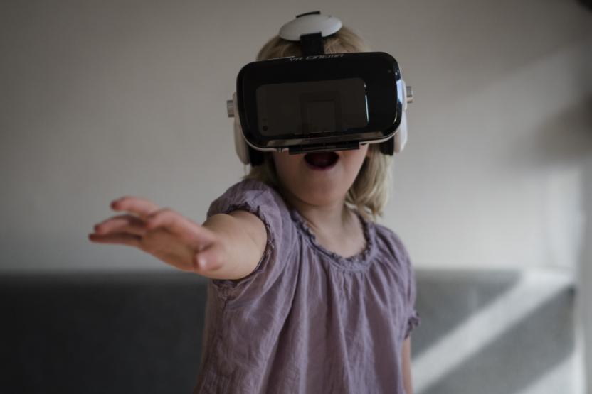 VR-brillen giver en direkte kontakt